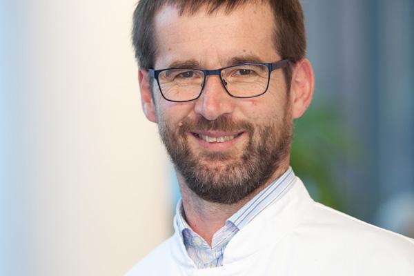 Dr. med. Martin Sure